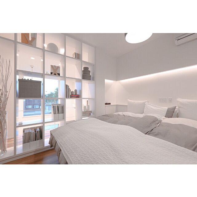 Bedroom,白い家,シェララフィア,本棚,造作本棚,IKEA,寝室,ベッドルーム twoの部屋