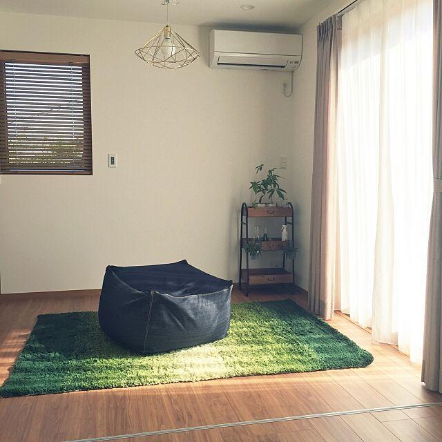 Overview,四畳半,体にフィットするソファ,無印良品,シンプルナチュラル,観葉植物,ソファ 32の部屋