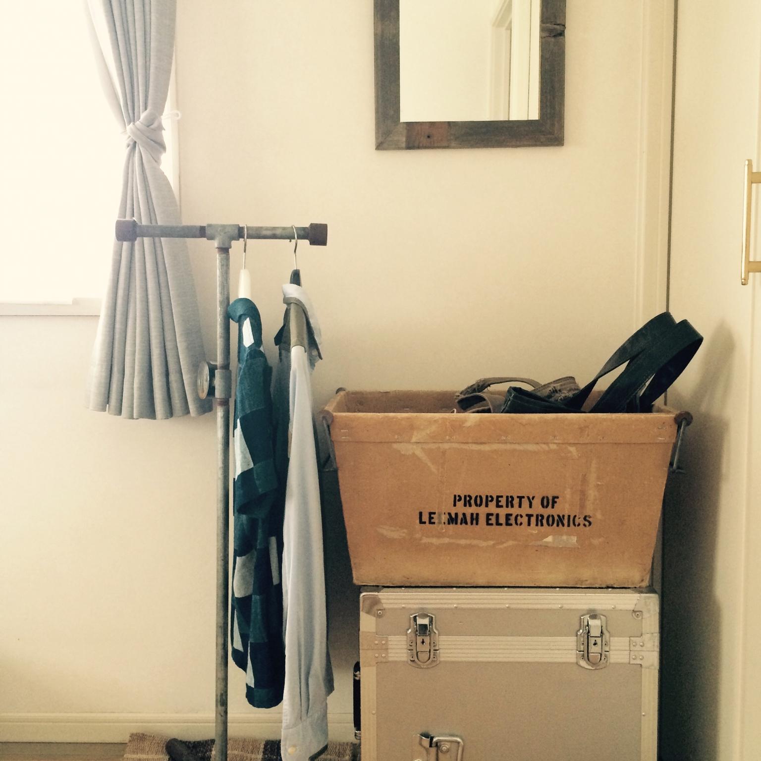 素材良し!デザイン良し!ハンガーラックのDIYアイデア集 | RoomClip mag | 暮らしとインテリアのwebマガジン