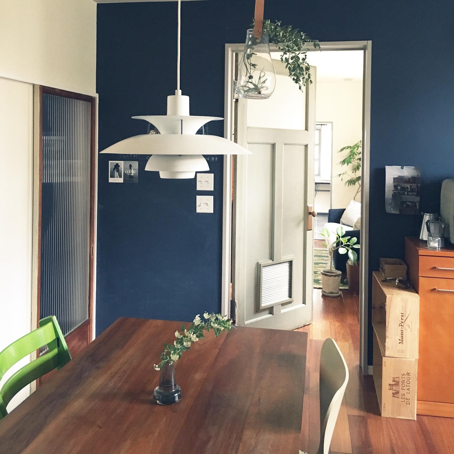 女性で、Other、家族住まいの黒板塗料/花のある暮らし/スイッチ/アンティークドア/北欧/レトロ 建具…などについてのインテリア実例を紹介。