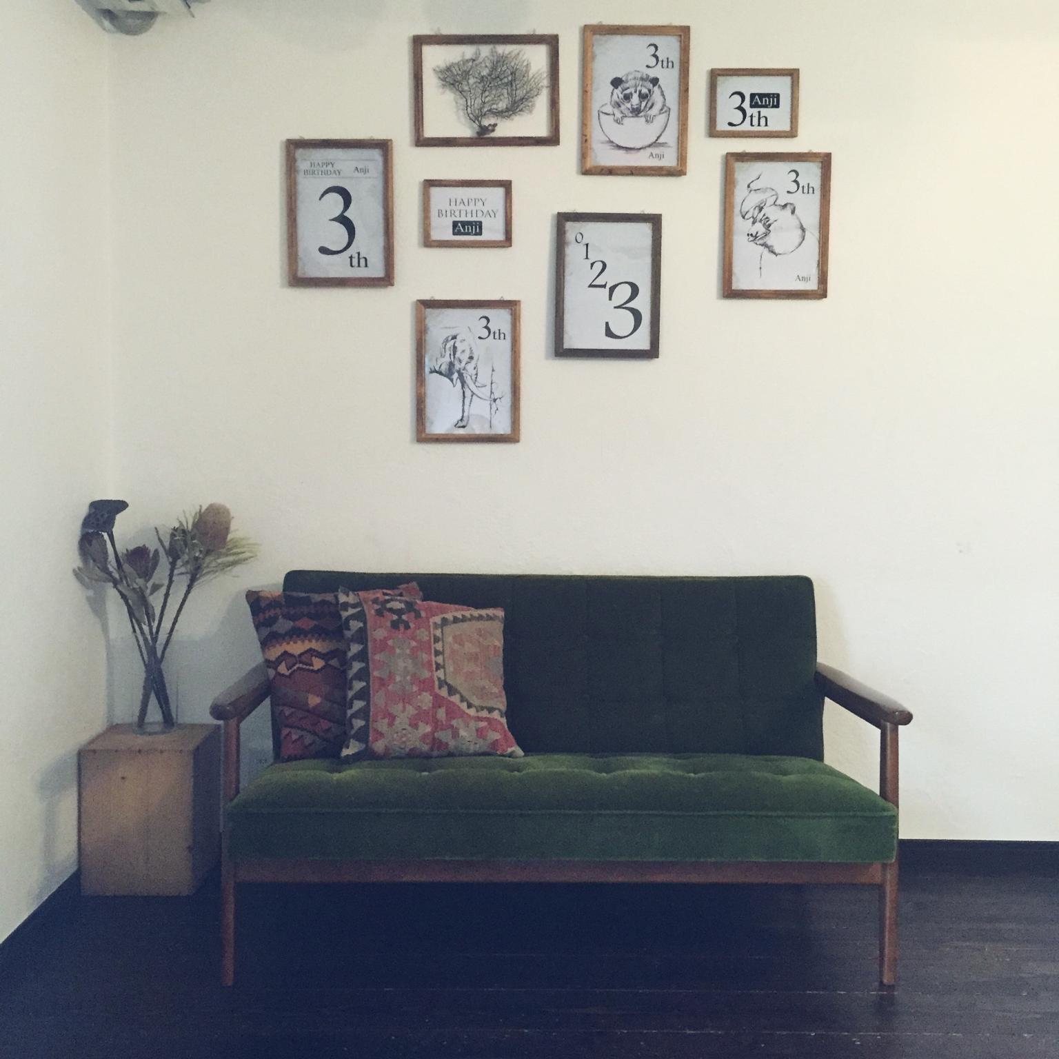 アートもポスターも素敵♪壁にフレームを飾るコツを紹介