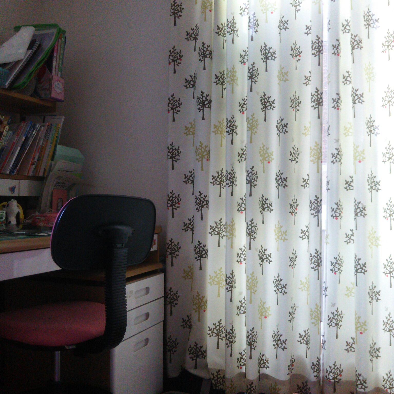 ニトリのカーテンのインテリア実例12例!ニトリのカーテンの返品や
