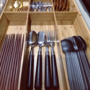 きれい&使いやすい! キッチンのカトラリー収納
