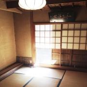 茶室で日々の忙しさをリセットできる、憩いの空間