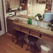キッチンとテーブルが一体化したキッチンダイニング
