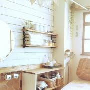 ディッシュスタンドを使ったお手軽&素敵な飾り棚を楽しもう♪