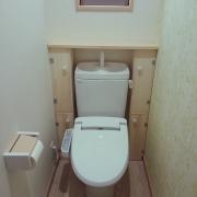 快適なトイレ空間は機能的な収納術で決まる!