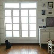 窓枠DIYでつくる、海外インテリア風なお部屋