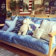 WTW(ダブルティ)のソファがはこぶ、海風を感じるリラックス空間