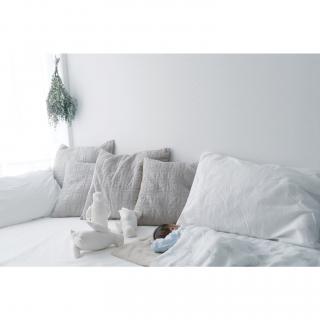 男性の、1LDK、家族住まいの「ベッド周り」についてのインテリア実例