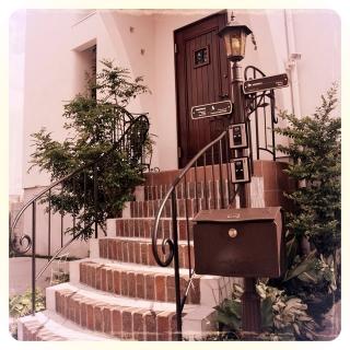 男性の、、家族住まいの「玄関/入り口」についてのインテリア実例