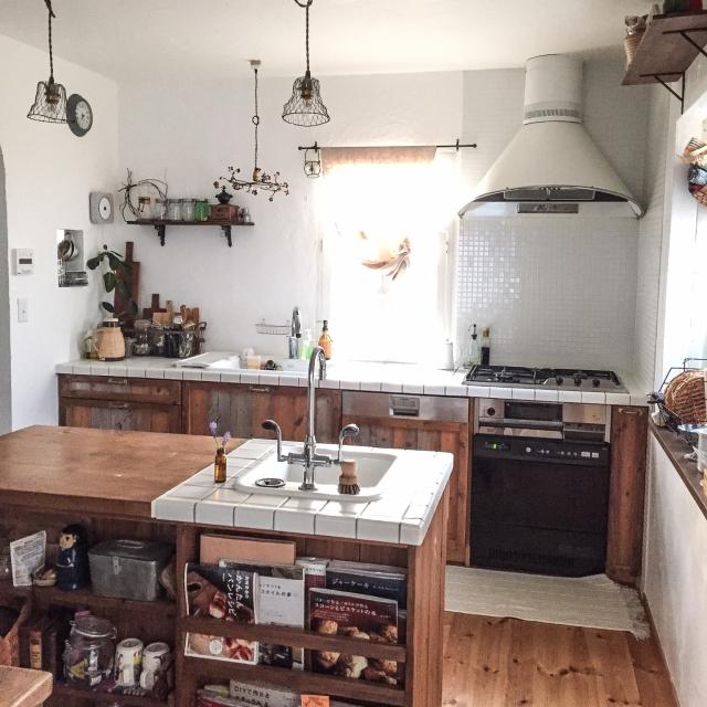 リノベーションで叶える、理想のキッチン事例集