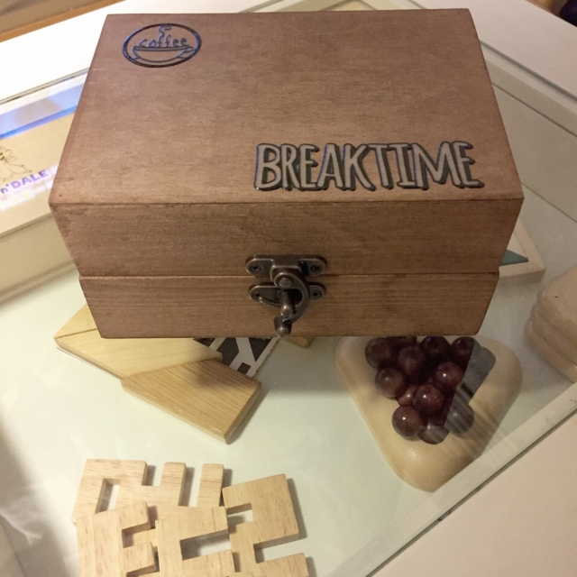 「生活感なし♪木製トレイで作る、メイク落としシートケース」 by ISM.mumさん