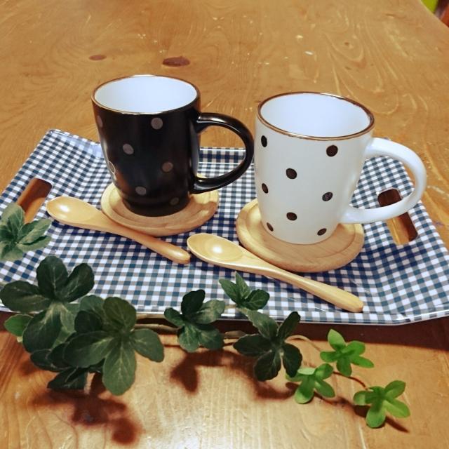 おうちカフェを充実♡100均のトレイ・マット・コースター