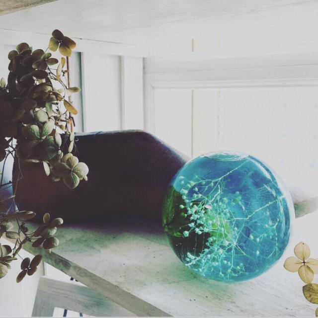 季節ごとに楽しむ3種!ガラスを使った可憐なハンドメイド