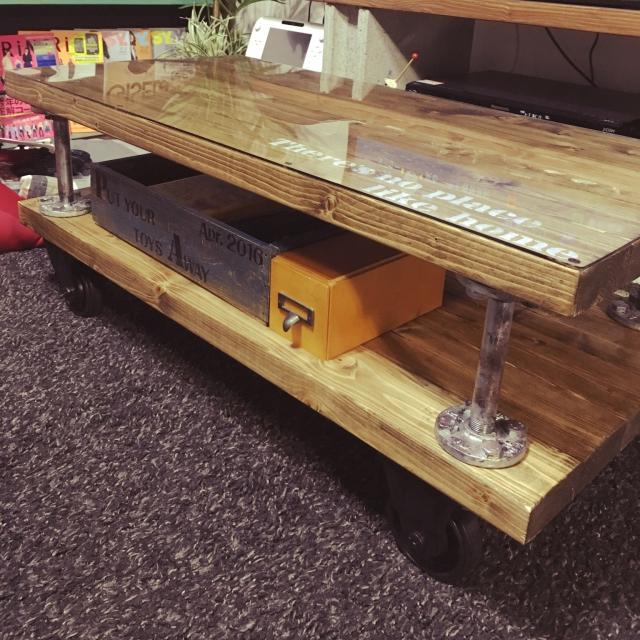 テーブルやスツールをDIY!天板や脚を工夫した作品10選