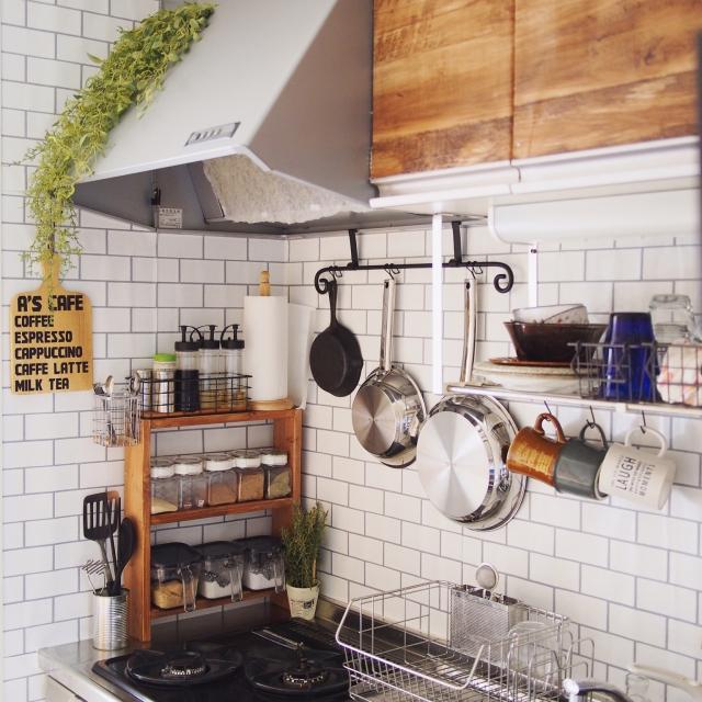 整頓されたアイテムにうっとり♡キッチンで「見せる収納」
