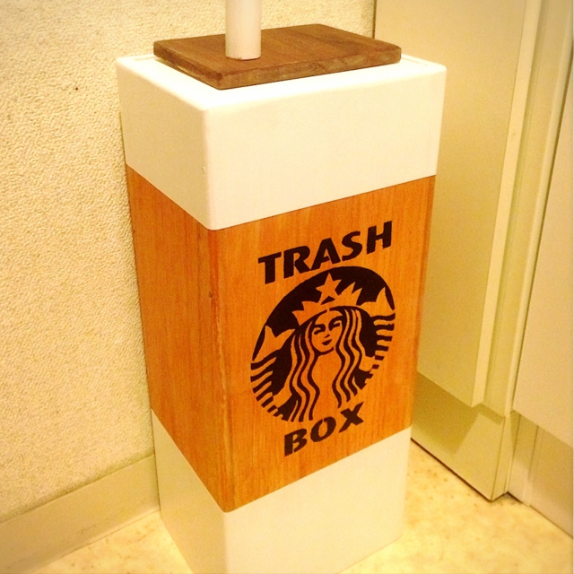 ゴミ箱を見せる収納にDIY