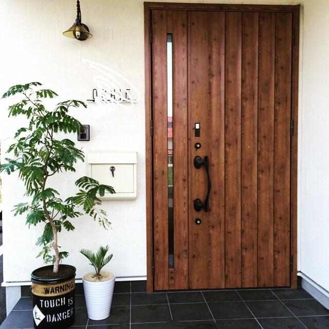 Entrance,DIY,ペイント,エバーフレッシュ,リメ缶,ソテツ,oil缶のインテリア実例 | RoomClip (ルームクリップ)