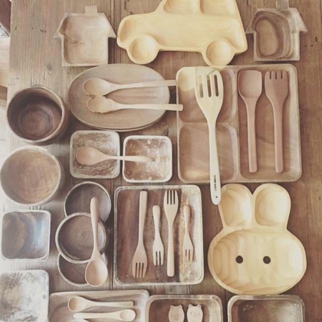 あなたのおうちにもきっとある!?木皿の魅力をご紹介