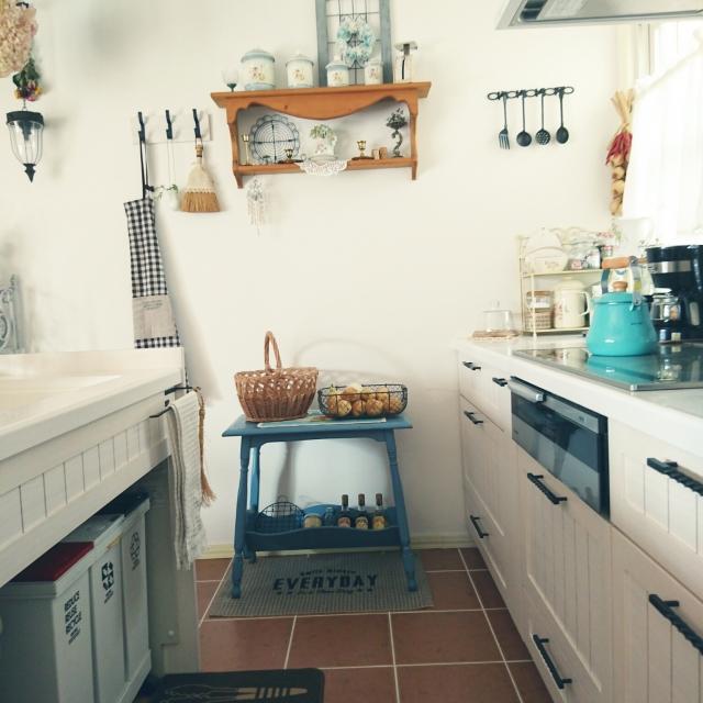 キッチンを便利でリラックスする空間に♪スツールの使い方