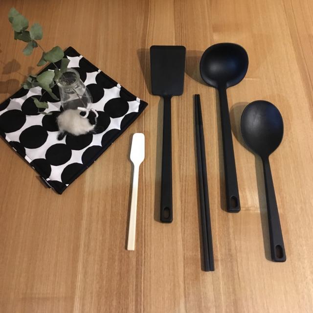 シンプルで機能的な、無印良品のキッチンアイテム