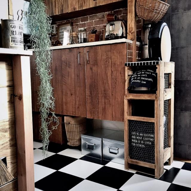 Kitchen,DIY,フェイクグリーン,ステンシル,RCの出会いに感謝♥︎,モシャモシャモス,ありがとう❤︎,インスタやってます!,いなざうるすやさん♡,Tomoちゃんリメ缶❤︎,yuzu-kou-mamaちゃん♡,IG→4ho1105,igはちょっと違うpic!のインテリア実例 | RoomClip (ルームクリップ)