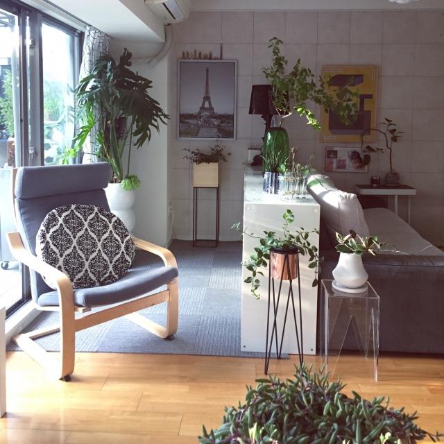 クリアが好き!スペースを最大限に活用できる透明の家具