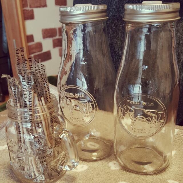 キャンドゥのミルクボトルが可愛くって機能的! | RoomClipMag | 暮らしとインテリアのwebマガジン