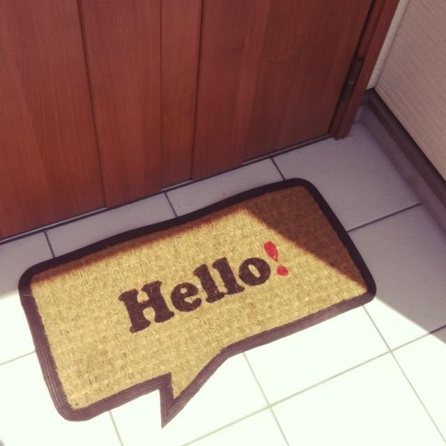 1秒で模様替え完了♡ニトリの玄関マットが大人気