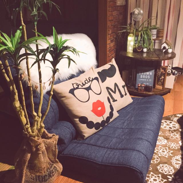 一人暮らしにもうれしい♡ニトリの小さめソファが使える!