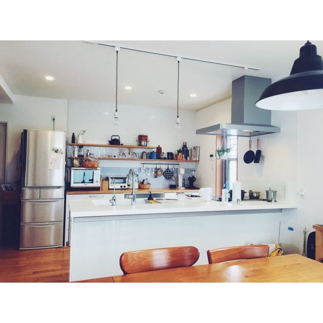 「家庭の個性で魅せる、自然体が爽やかなナチュラルキッチン」 by komakiさん