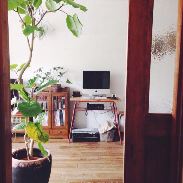 Lounge,観葉植物,植物,雑貨,アンティーク,テーブル,収納,古道具,ディスプレイ,古材,デスク,ジャンク,インダストリアル,アイアン,シャビーシック,古家具,工業系,サビ,カフェインテリア,わたし空間,NO GREEN NO LIFEのインテリア実例 | RoomClip (ルームクリップ)