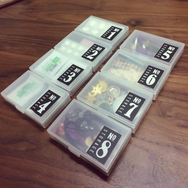 スマートな小物収納に♪100均のカードケースとペンケース