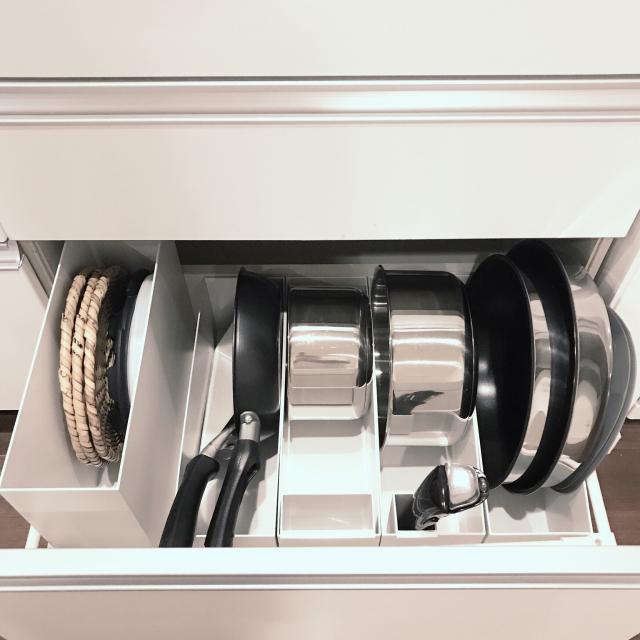 出し入れしやすくすっきり!キッチンアイテムの隠す収納術