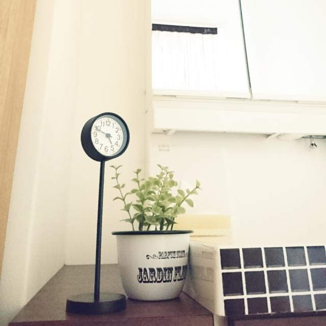 お部屋に合わせてスッキリと!お店別シンプルな時計を紹介