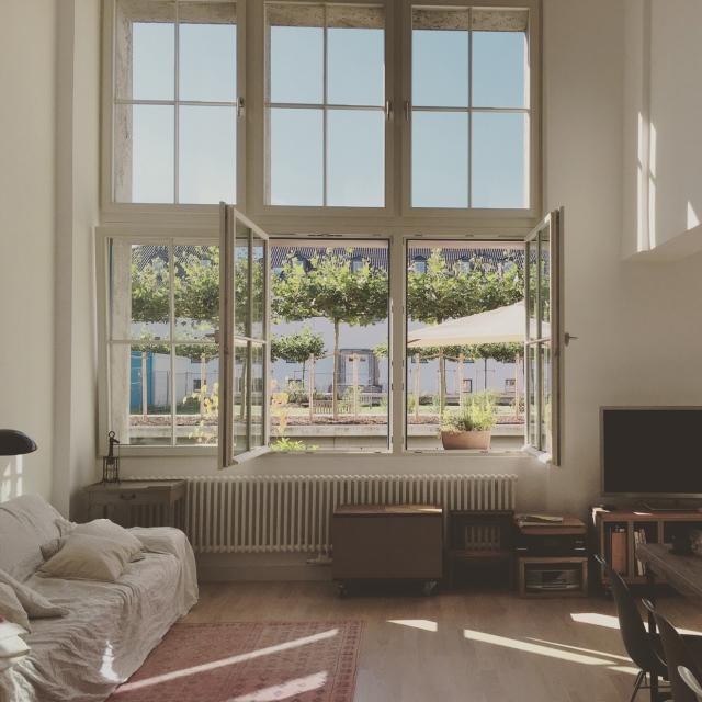 ドイツ・ベルリンでの暮らし。開放感と透明感が際立つ空間〜jucom.deさん〜[連載:RoomClip_新人ユーザー紹介]