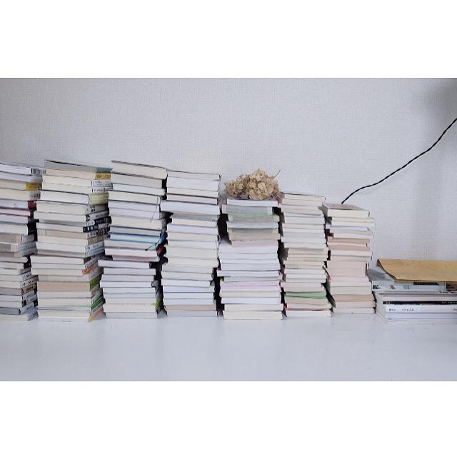 本棚にしまうだけじゃない♪ちょっと新しい本の収納アイディア!