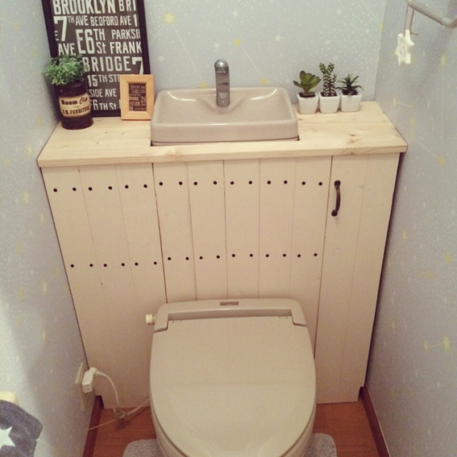 トイレをスタイリッシュに居心地よく♪「タンクレス風トイレ」by yuikokaさん | RoomClipMag | 暮らしとインテリアのwebマガジン