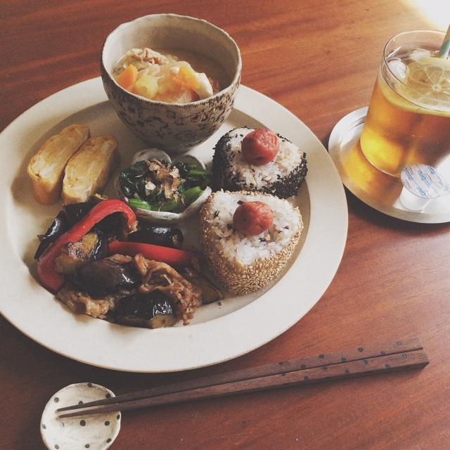 新生活!!ワンプレートで食事を美味しく素敵に楽しむ3つの方法 | RoomClipMag | 暮らしとインテリアのwebマガジン