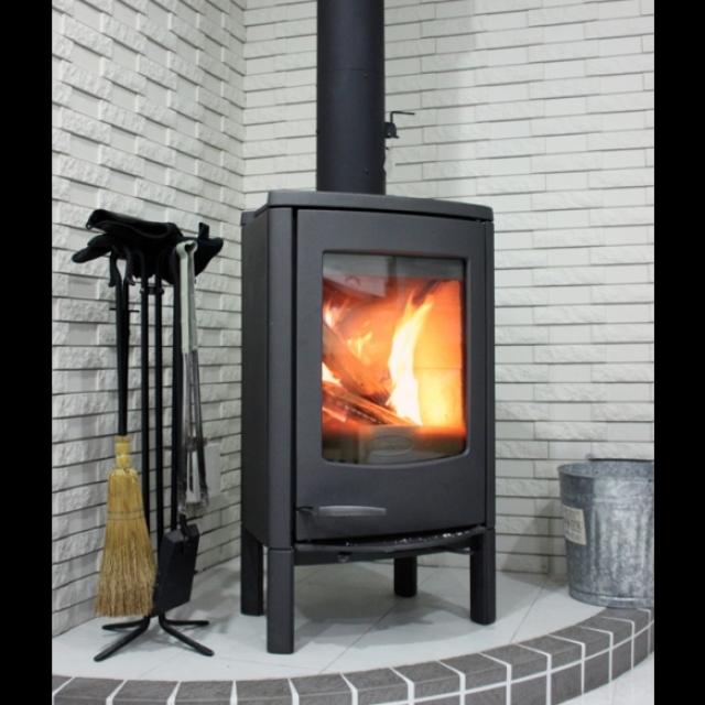 冬は暖か癒される。おしゃれな憧れの薪ストーブのあるお家