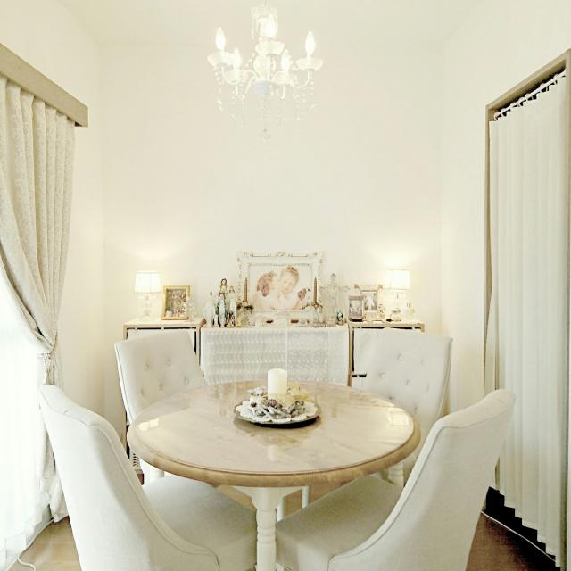 ホワイトカラーを使った♪海外風シャビーシックなお部屋