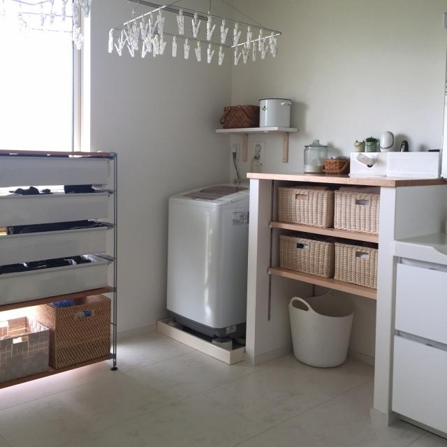 Bathroom,無印,DIY,アンカーホッキング,ホーローキャニスター,模様替えしました,北欧ナチュラル,カゴ収納,洗濯機上の棚のインテリア実例 | RoomClip (ルームクリップ)
