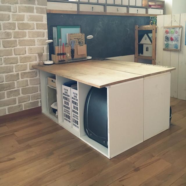 カラーボックスでできる!手作り机の簡単アイデア実例集