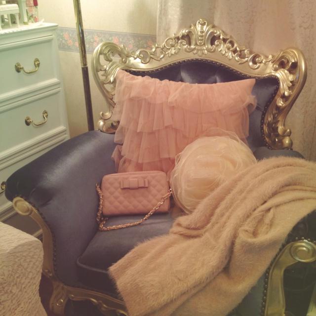 お姫様気分になれちゃう♡色別で見るエレガントなお部屋