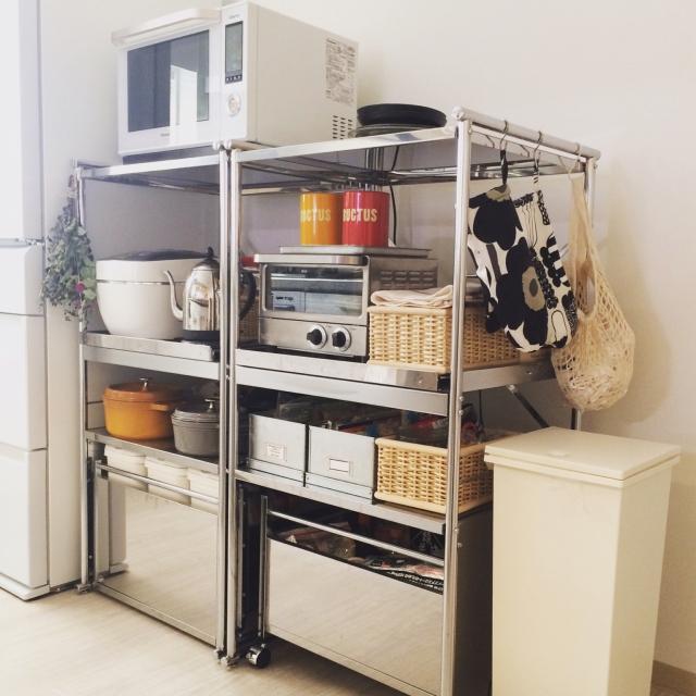 シンプルで機能的なキッチン収納、10選