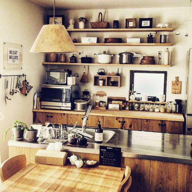 今人気の「男前」スタイルを取り入れたキッチン
