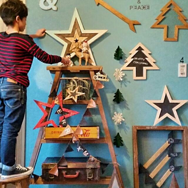 上手なスペース使いで、クリスマスインテリアを楽しもう