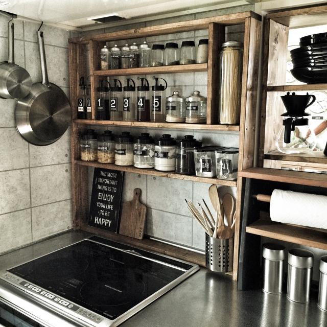 限られたスペースを有効活用☆キッチンの省スペース収納術