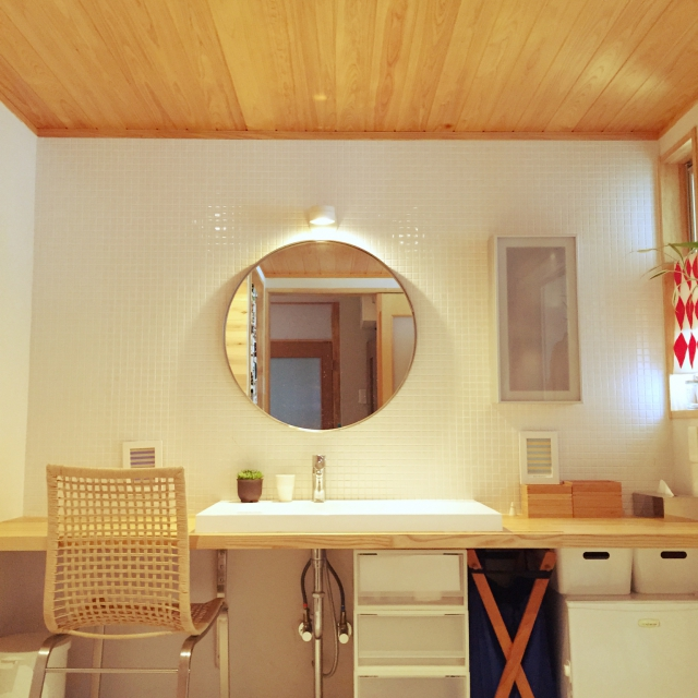 IKEAのミラー&ワゴンで、バスルームのセンスアップ計画♪